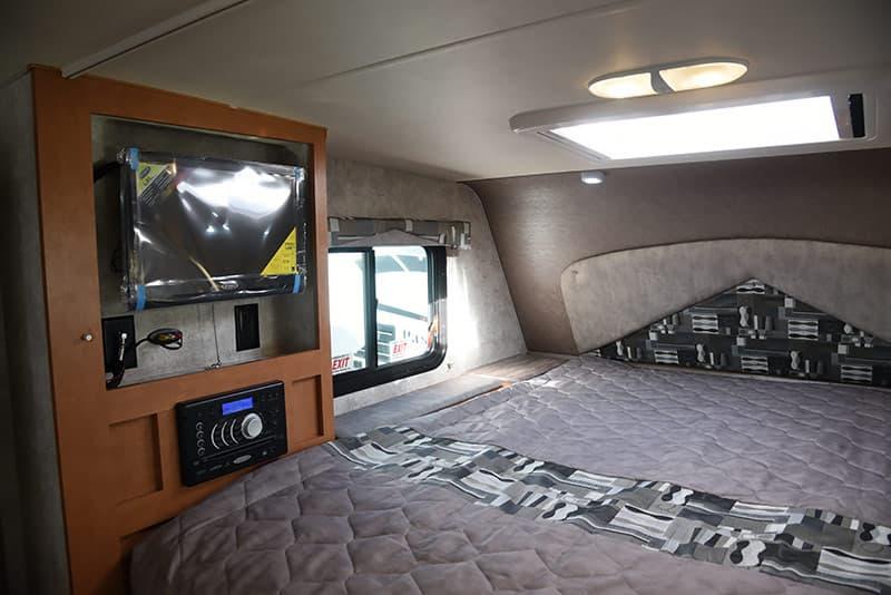 Drivers Side bed Adventurer 89RBS