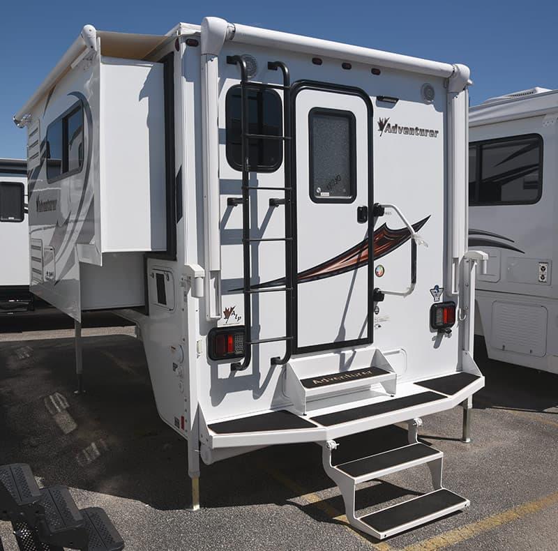 Adventurer 89RBS, single-slide, 9-foot wet bath truck camper