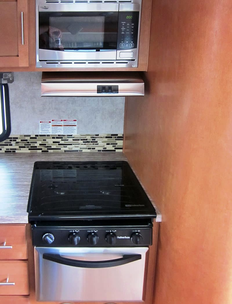 Adventurer 89RBS stainless steel appliances