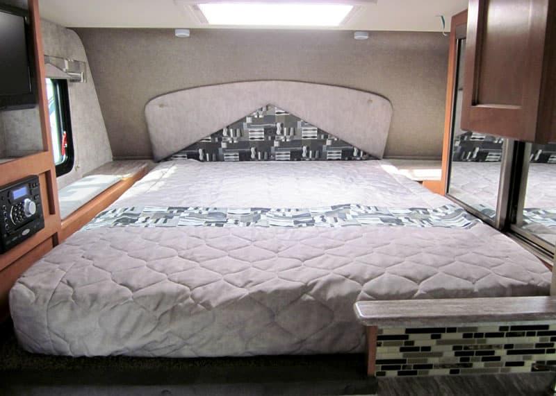 Adventurer 89RBS Queen bed