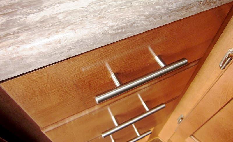 Adventurer 86FB splendid maple cabinetry and hardware
