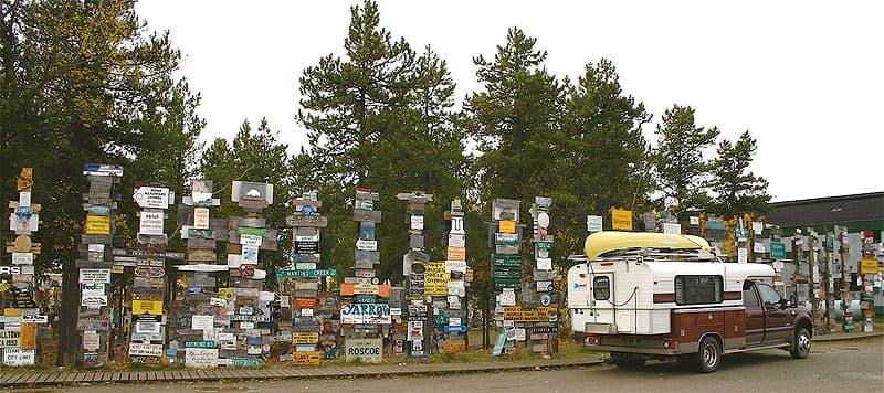 Alaskan-signpost-forest.jpeg