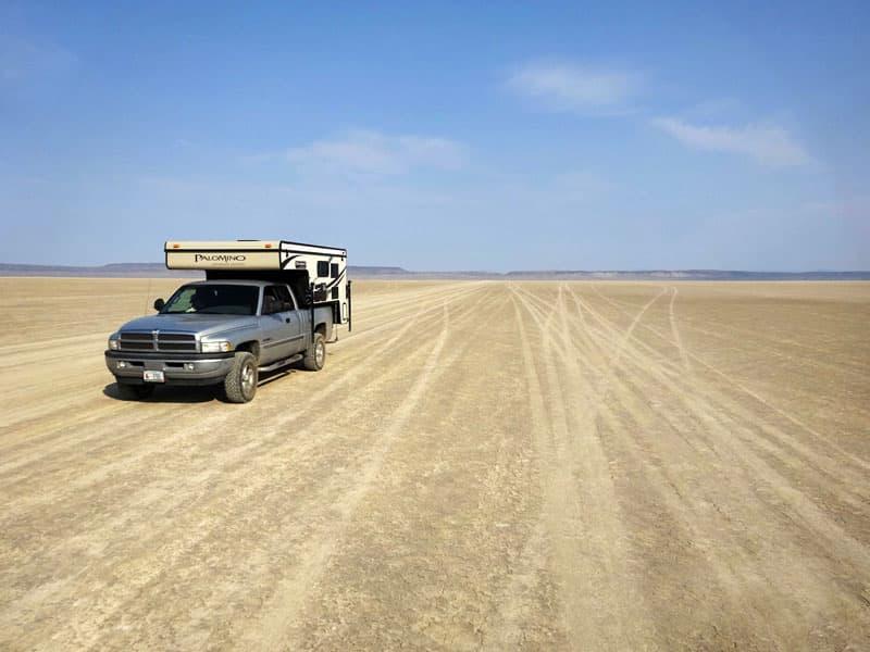 Crossing the Alvord desert in Oregon