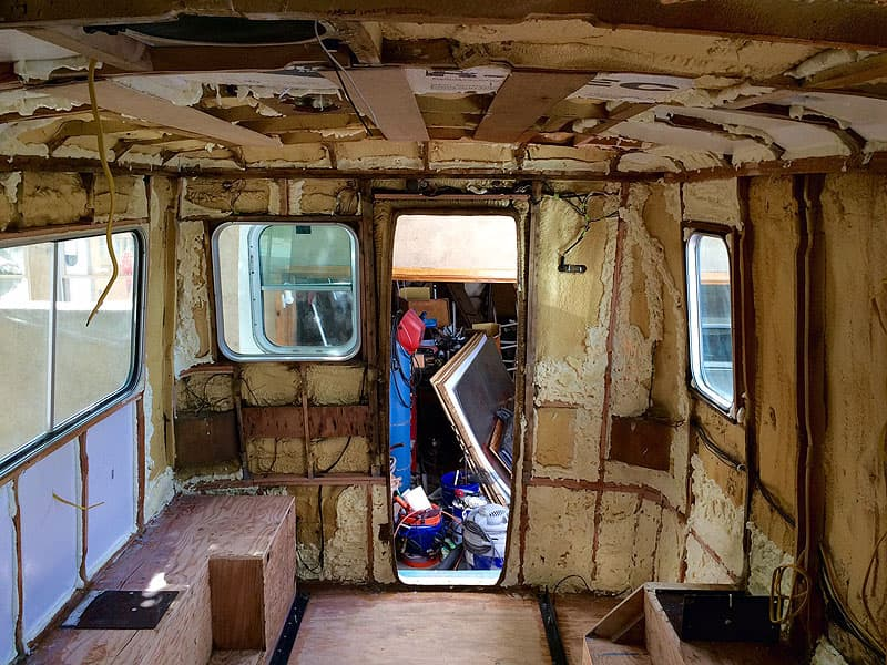Gutting out the American Road truck camper