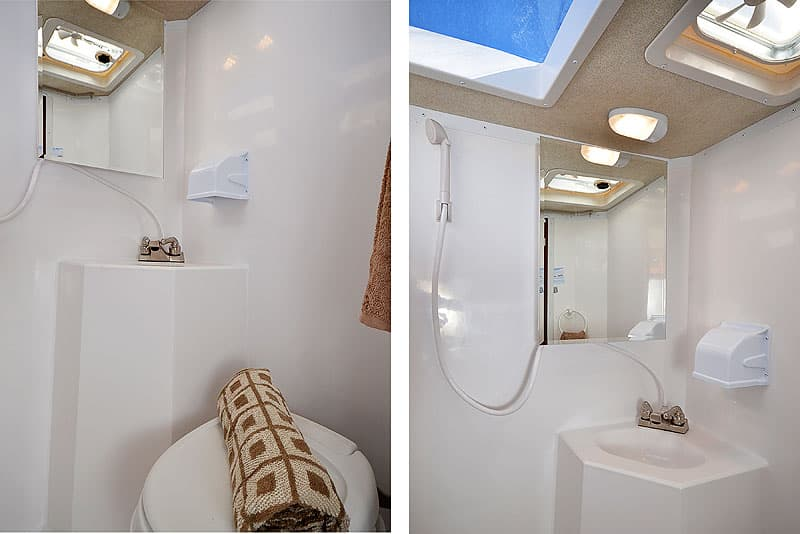 Arctic Fox 865 bathroom