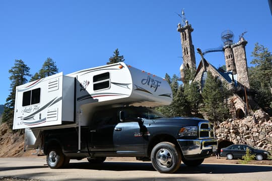 Arctic-Fox-990-Bishop-Castle-Camper