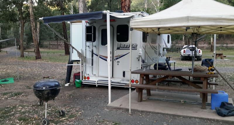 Lance demountable camper