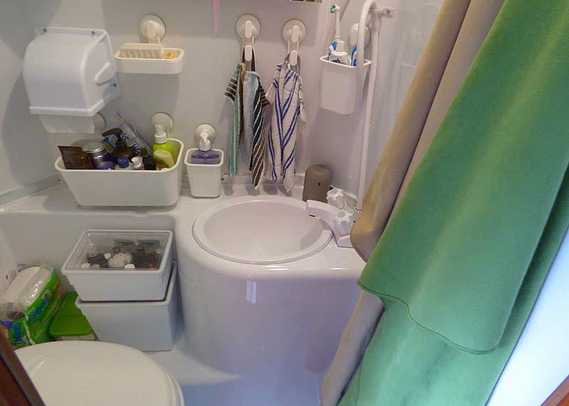 Suction cup storage containers in wet bath