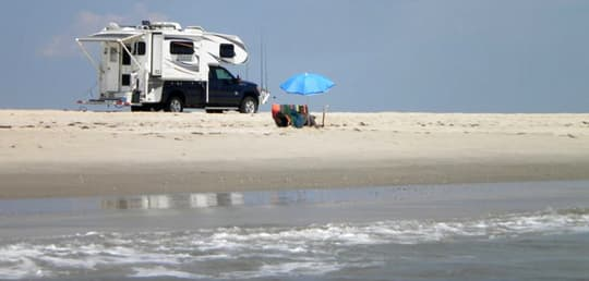 beach-camping-back-deck