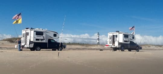 beach-camping-calo-campers