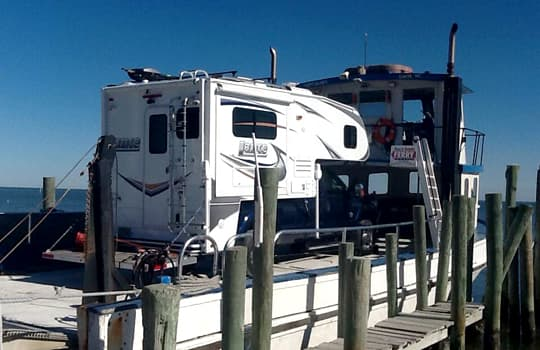 beach-camping-cape-lookout-ferry