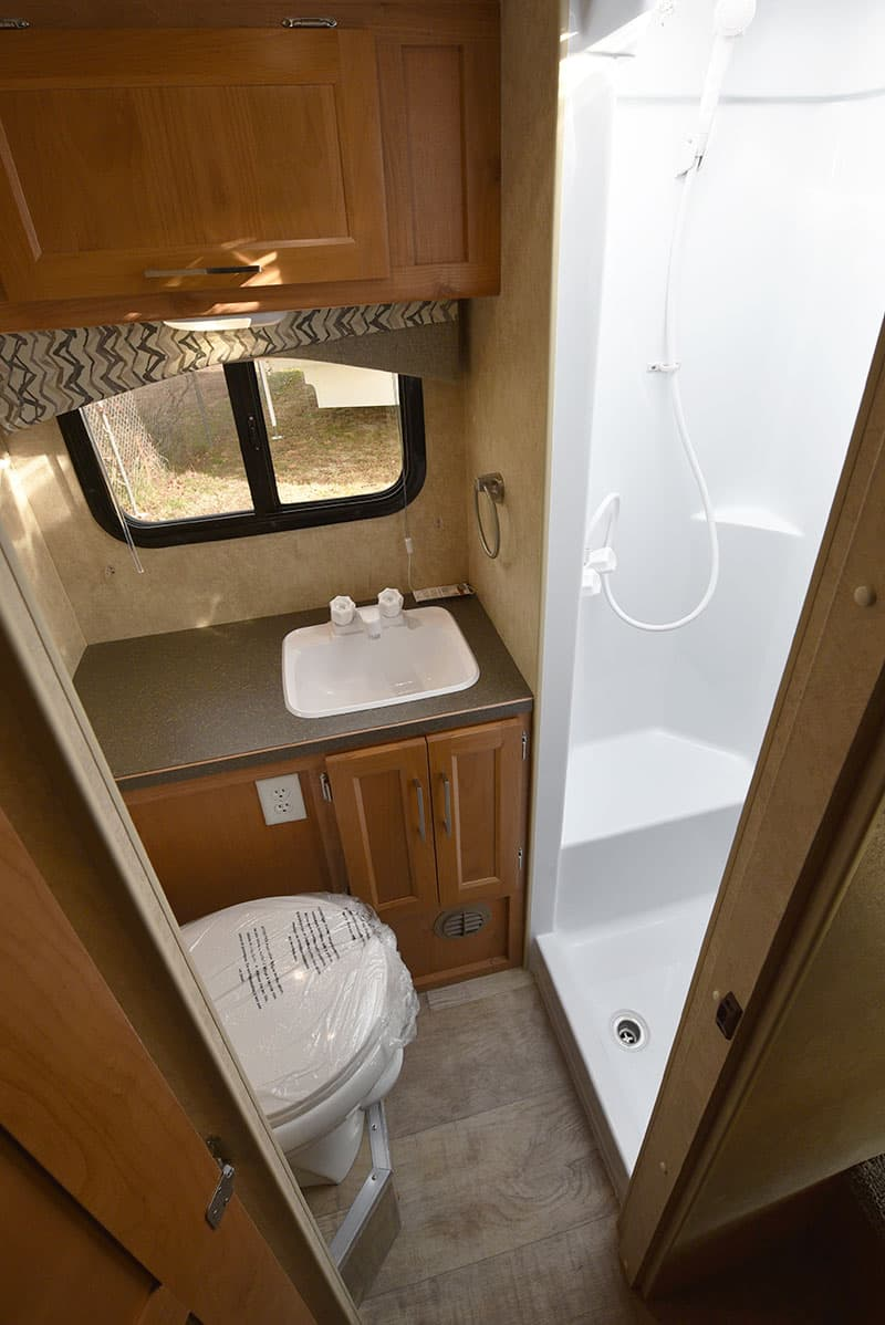 Bigfoot 10-4 Dry Bathroom
