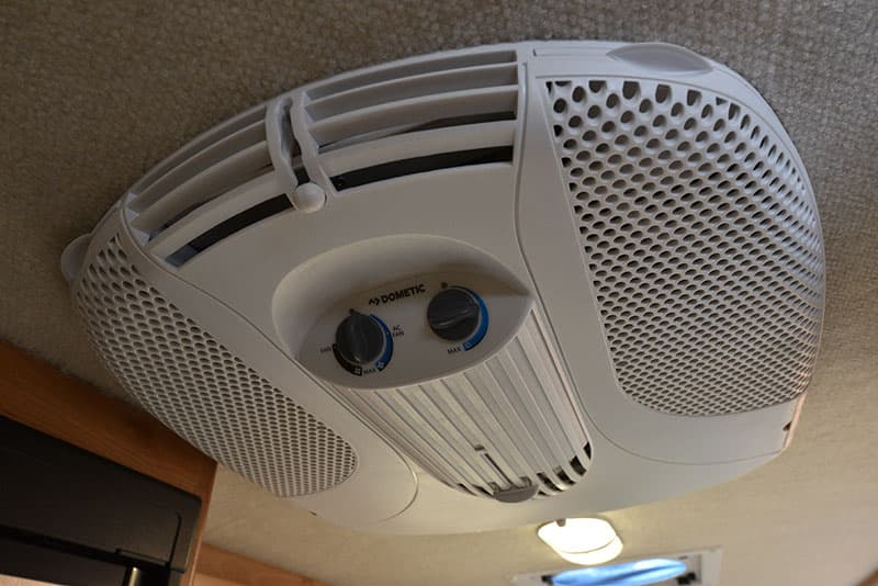 Bigfoot 10.4 Roof Air Conditioner