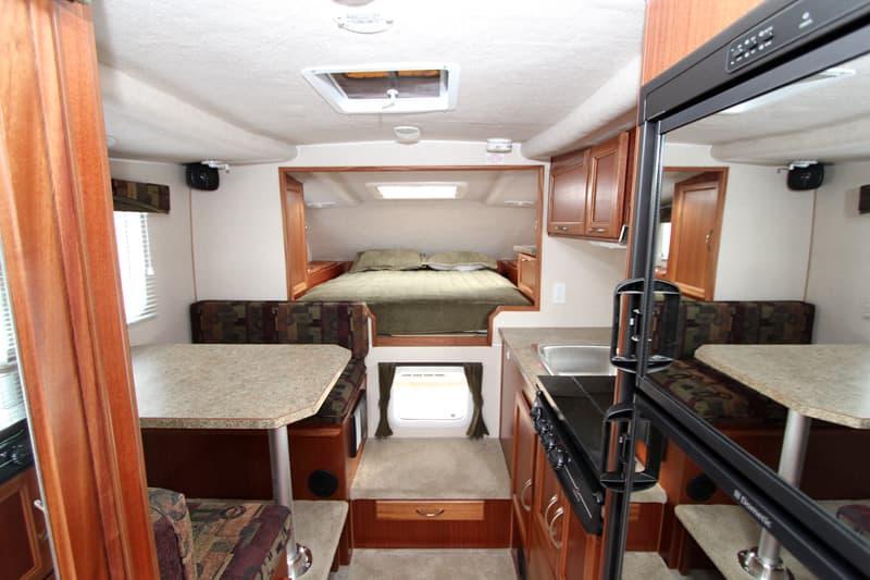 Northern Lite Camper Buyers Guide Fiberglass Truck Campers