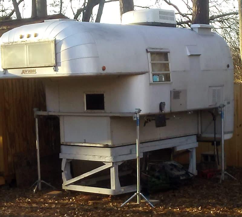 Camper Restoration, Avion Truck Camper