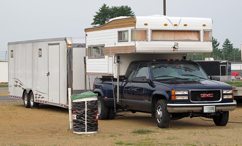 1972 Caveman truck camper