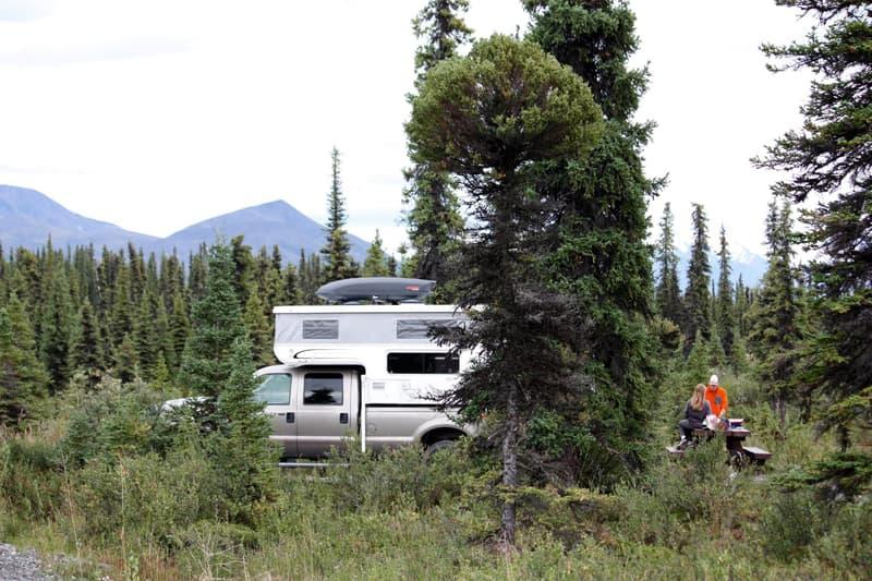 Camping on Nabesna Road-Wrangell St-Elias Park-Alaska