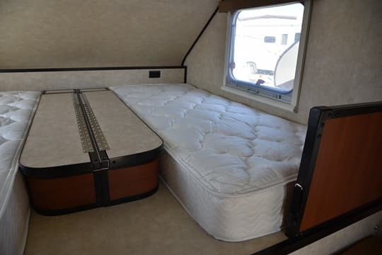 Truck Bed Mattress >> 2015 CampLite Features Dual Twin Beds in 10.0 Model
