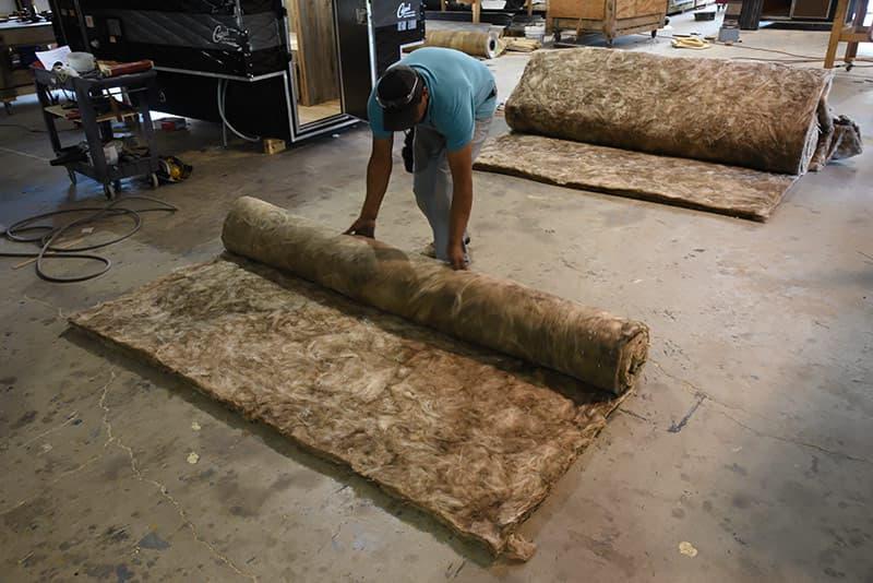 Fiberglass insulation roll