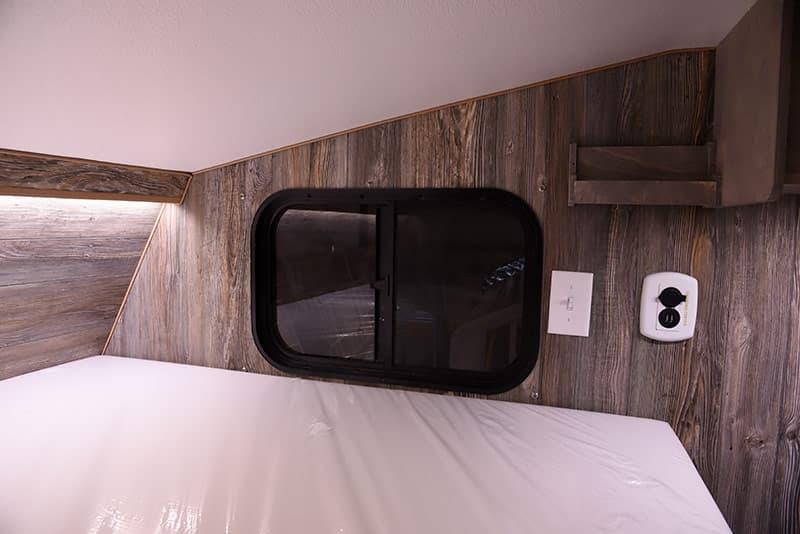 2017 Capri Retreat Review Truck Camper Magazine