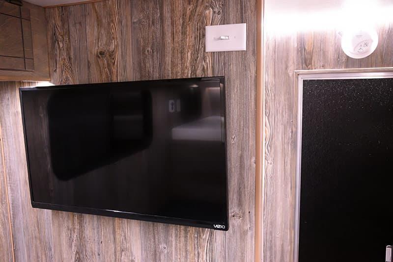 Capri Camper 32-inch Visio HDTV