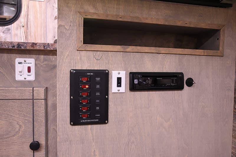 Capri Camper stereo panel