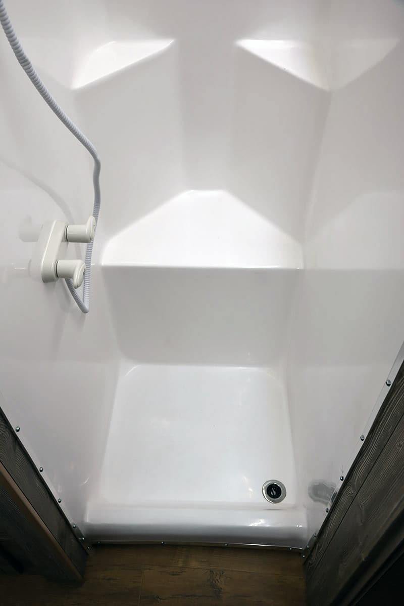 Capri Retreat Shower Seat
