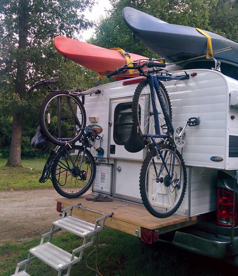 Alaskan-Camper-bringing-bikes