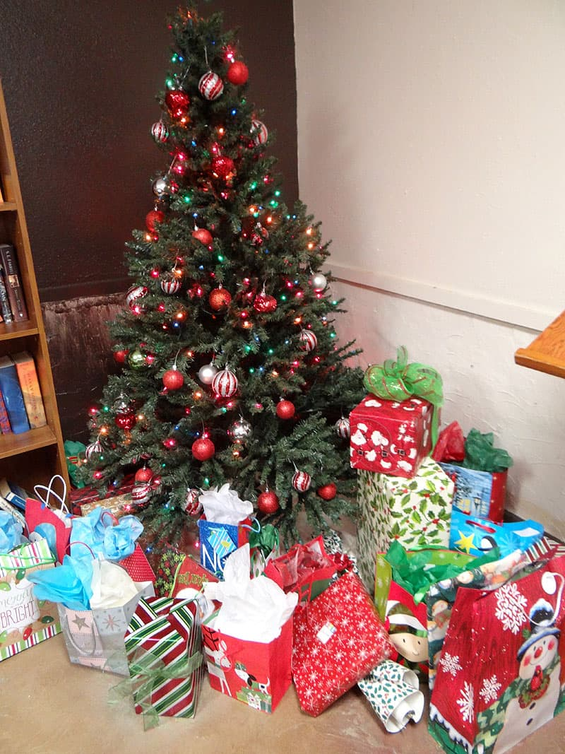 Christmas Tree with presents in Branson, Missouri