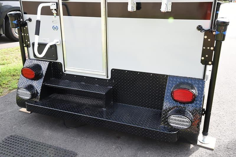 Cirrus 820 bumper system