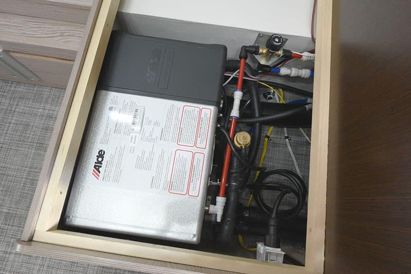Cirrus 920 Dinette Alde Heating System Under Seat