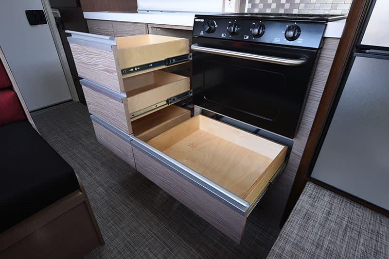 Cirrus 920 Kitchen Lower Drawers