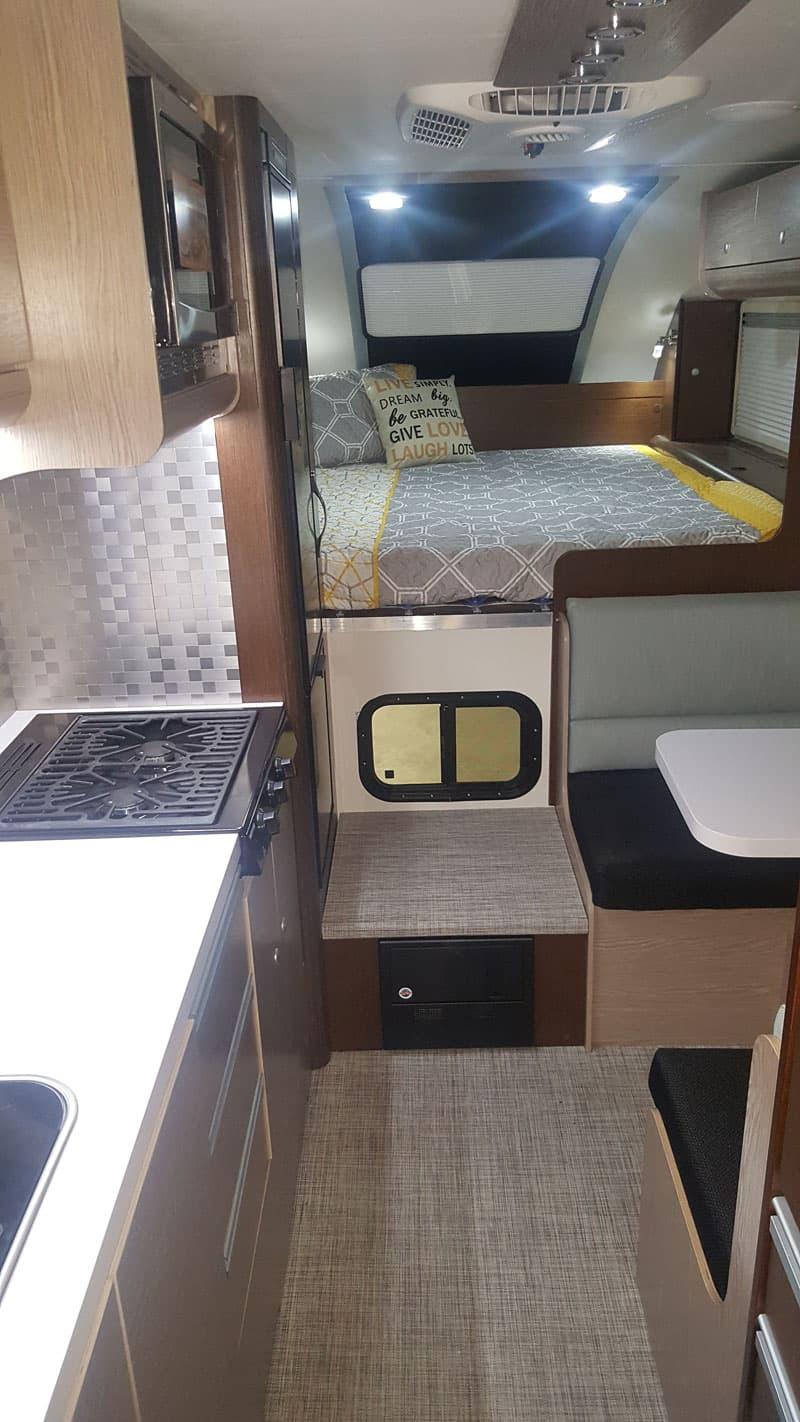 Cirrus 920 long bed truck camper