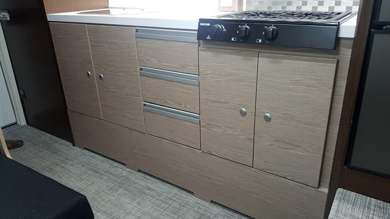 Cirrus 920 kitchen storage