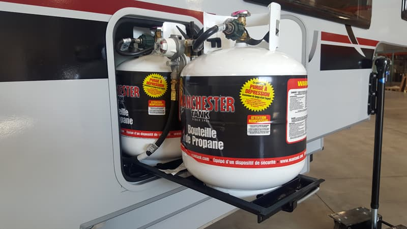 Cirrus 920 propane bottles on slide-out tray