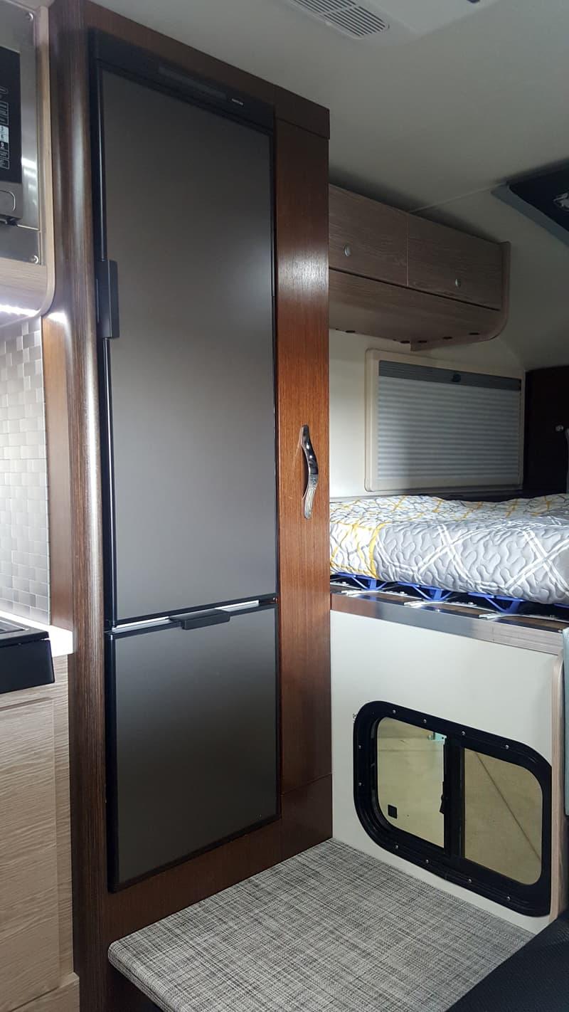 Cirrus 920 refrigerator and pantry