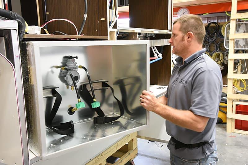 Propane Compartment Installation in Cirrus 820