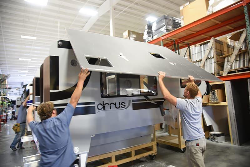 Cirrus 820 roof installation