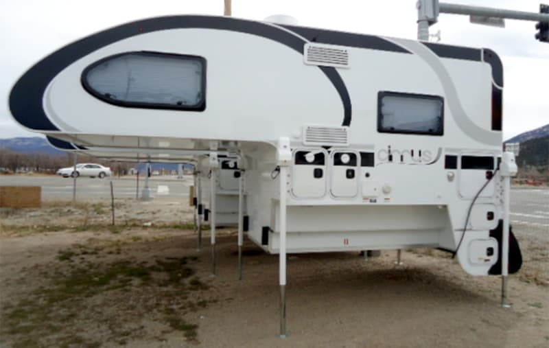 Cirrus-Truck-Camper-Holiday-RV