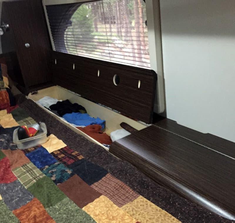 Long hamper in Cirrus Camper