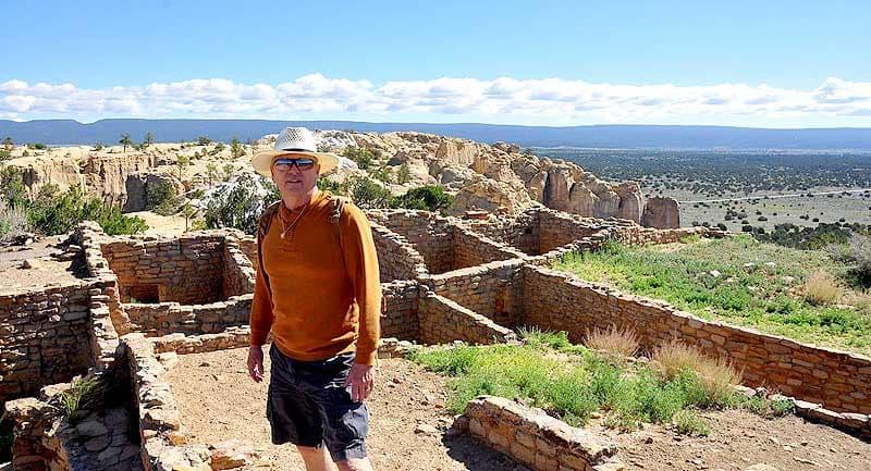 Indian ruins on top of El Morro