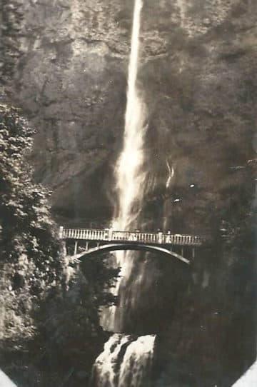 Multnomah waterfall in Oregon