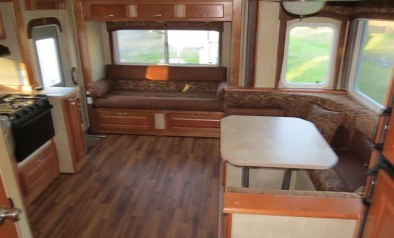 Original dinette in Chalet TS116 Camper