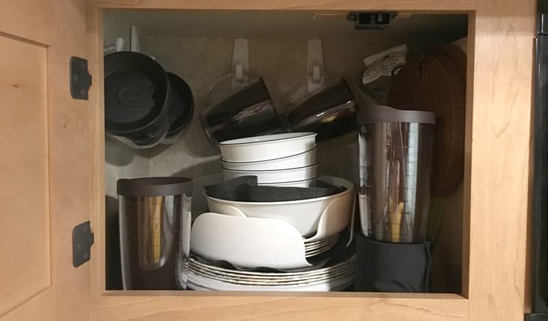 Dish Compartment 3M hooks