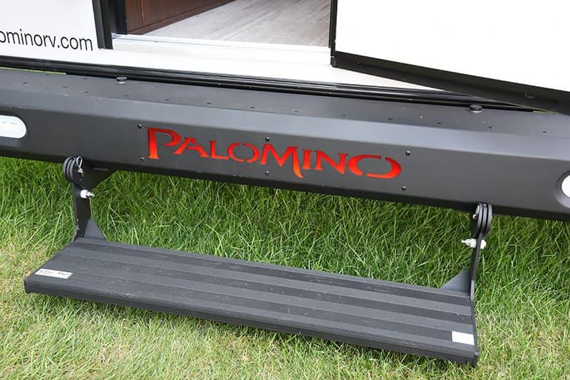 Palomino logo in rear Dura Trak bumper