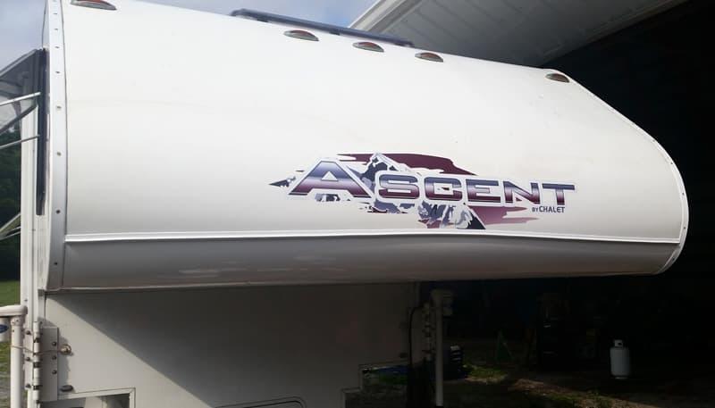 EZE Gutter front nose Ascent camper