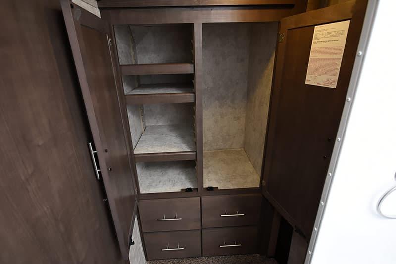 Eagle Cap 1200 dry bath closet
