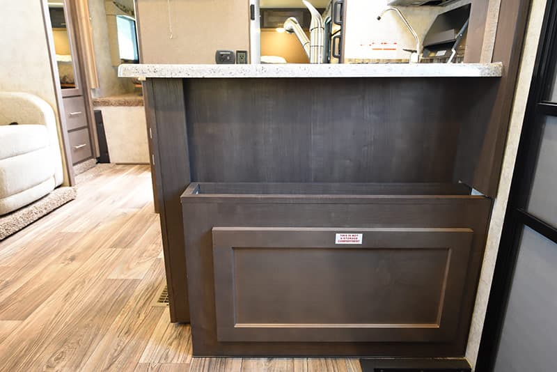 Eagle Cap 1200 Response Mystery Cabinet