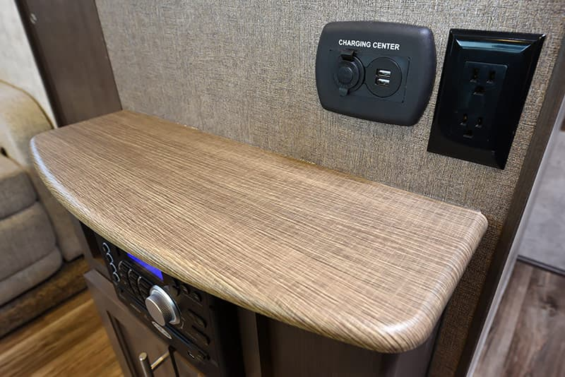 Eagle Cap 1200 TV area charging station
