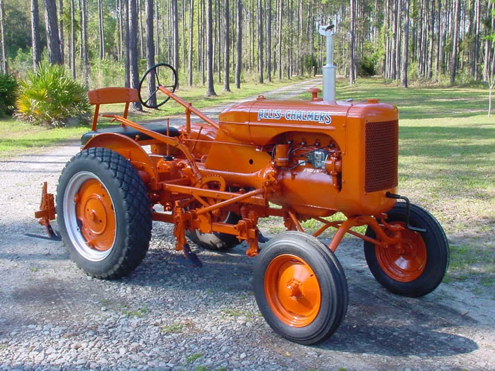Oldest Antique Tractors : Camping the antique tractor show circuit